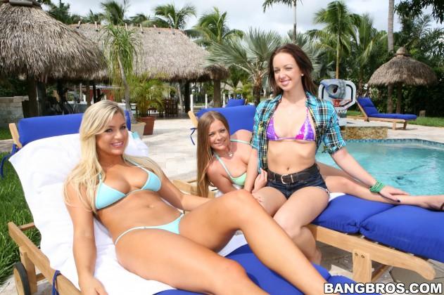 ls10784090 631x420 Mercedes Lynn, Cameron Dee, Jade Ivy   Party of Three